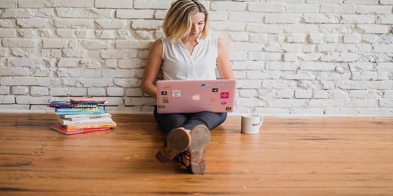 šta radi copywriter i kako zarađuje od pisanja